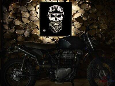 Podsvietený obraz : Motorkár