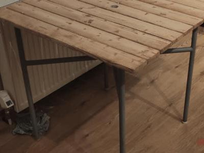 Rekonštrukcia záhradného stolíka