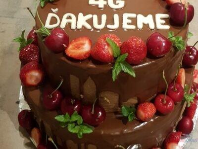 Torta pre deti a učitelku