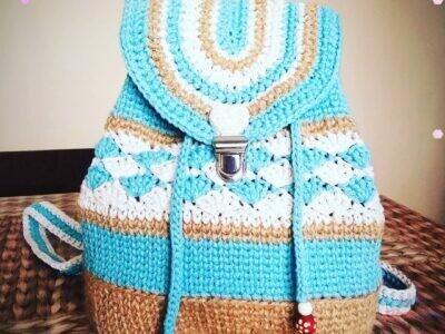 Háčkovany ruksak 2